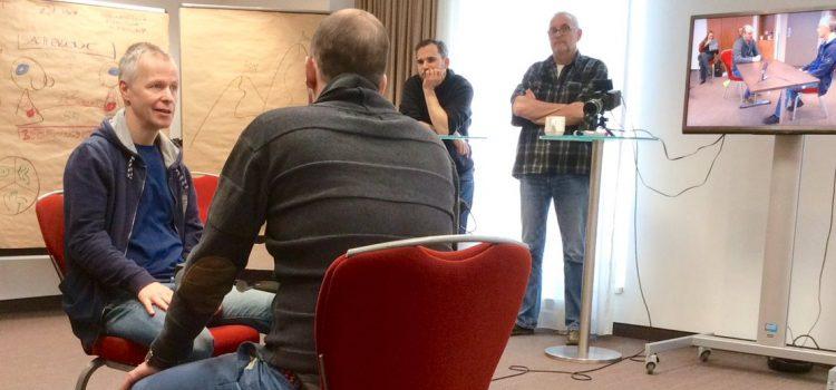 Wenn Macher auf Beobachter treffen: Konfliktmanagement & Teambuilding mit Conrad Giller